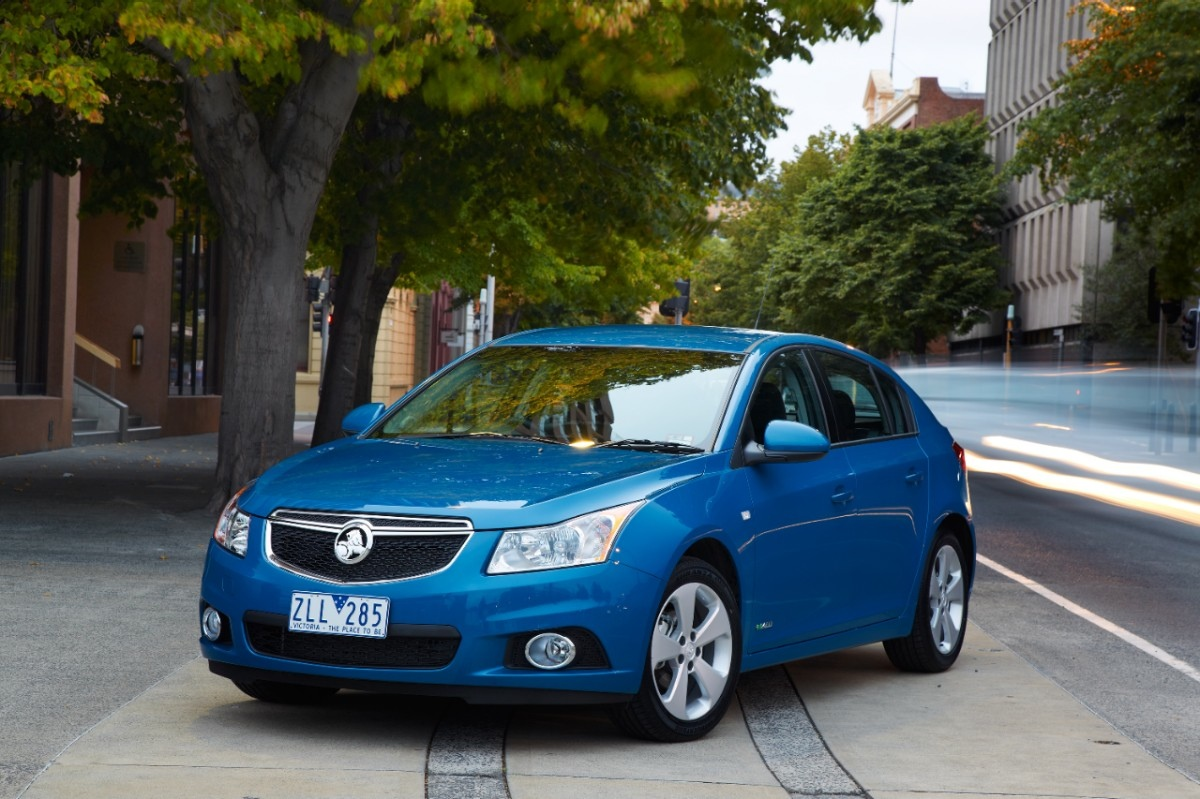 Holden records 2012 net loss due to manufacturing restructure and market challenges