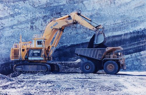 CFMEU demands cancelling all corrupt mining licenses