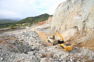 Mining exports drive trade surplus