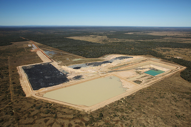 Queensland Government announces $16bn coal mine in Galilee Basin