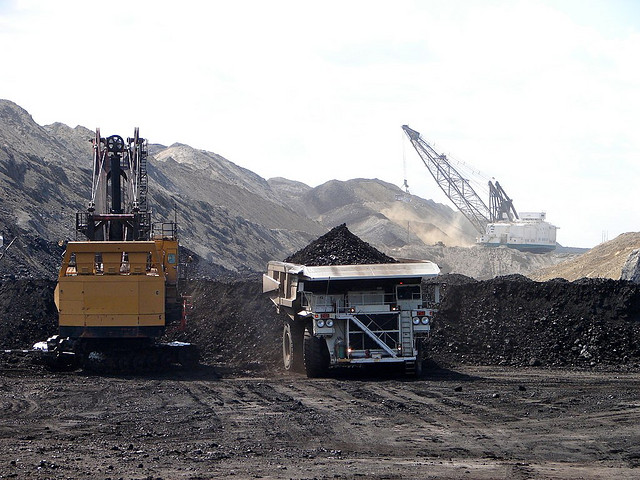 Queensland coal industry boosted by a $313m expansion program at Cockatoo's Baralaba mine