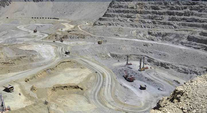 Anglo American to divest stakes in two Australian coal mines