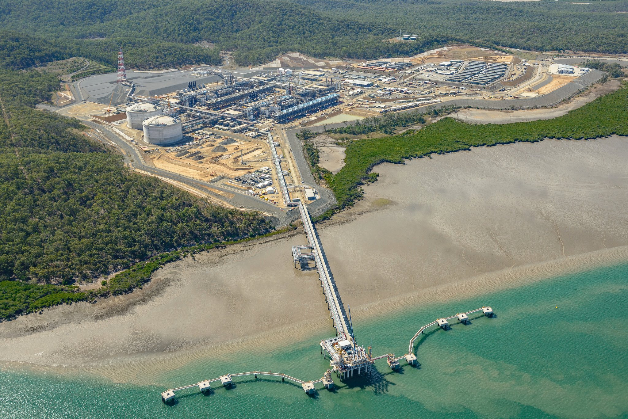 Gladstone LNG kicks-off production on schedule